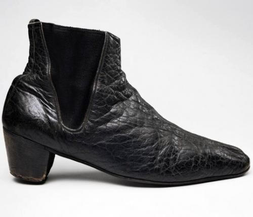 Ботинки Джона Ленона