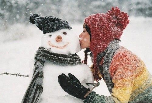 как не замерзнуть зимой, замерзающие девушки, пальцы замерзают, замерзла голова
