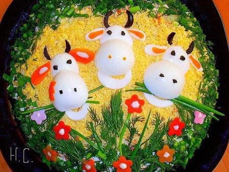 салат-три коровы
